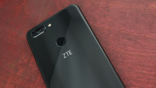 Trump plans to save ZTE come under fire