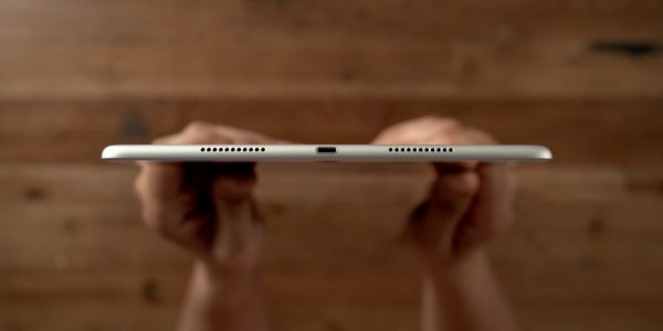 Report: Fourth-generation iPad Air to switch to USB-C, iPad mini sticking with Lightning