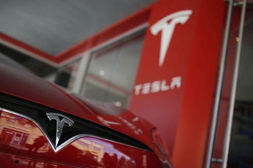 Tesla replaces Elon Musk as chair-he'll stay CEO