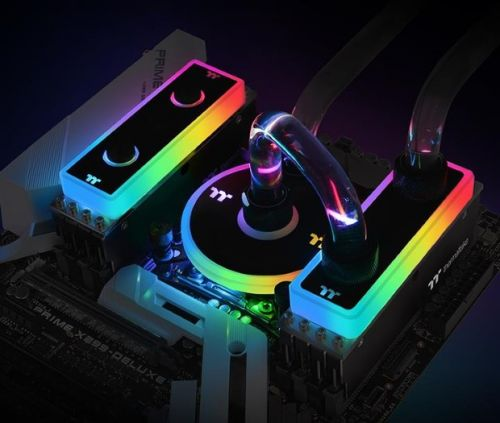 CES 2019: Thermaltake Unveils Its WaterRAM RGB Liquid Cooled DDR4-3200 Memory