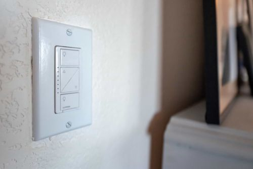 A review of the Lutron Caseta dimmer smart switch