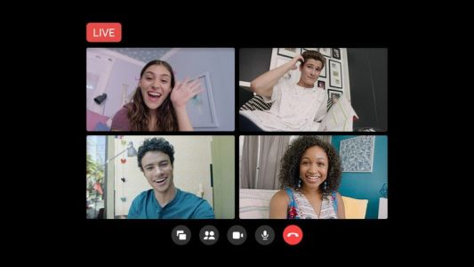 Facebook adds live broadcasting to Messenger Rooms