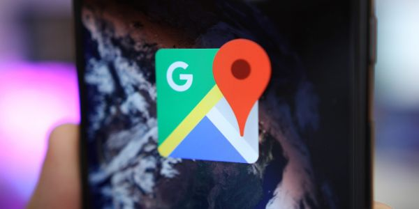 Google Maps for Android rolling out new FAB for switching map layers, overlays
