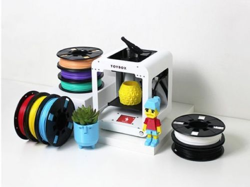 Save 32% on the Toybox 3D Printer Deluxe Bundle