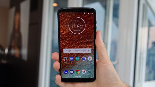 Moto Z3 Play arrives with stylish design and Moto Mod support