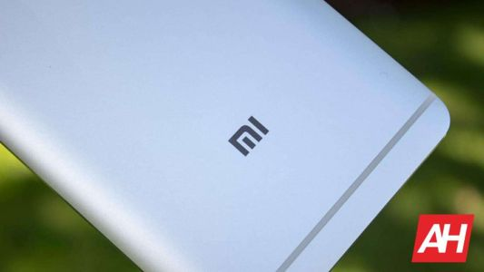 Xiaomi 12 Tipped To Include Three 50MP Cameras & Snapdragon 898 SoC