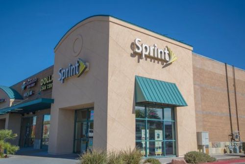 Sprint says its business isn't as strong as it appeared