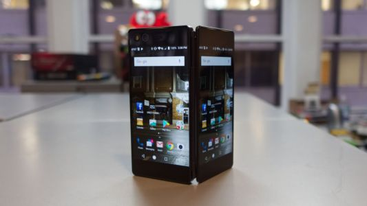 5 reasons you need a foldable smartphone