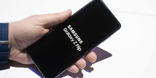 Galaxy Z Flip Hands-on: Samsung's most exciting foldable is almost ready