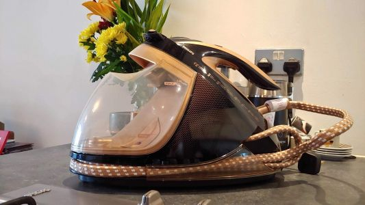 Philips PerfectCare Elite Plus has done the impossible: it made me enjoy ironing