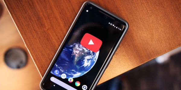 How to enable YouTube's dark theme on iOS