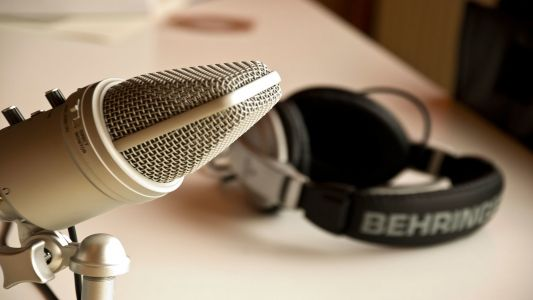 The best Australian podcasts to listen to right now