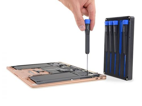 New MacBook Air gets taken part by iFixit