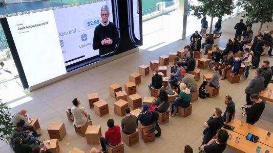 'It's show time' around the world: Photos from Apple Store keynote livestreams