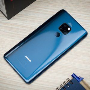Huawei Mate 20 costs $600 in early eBay Black Friday deal from top-rated seller