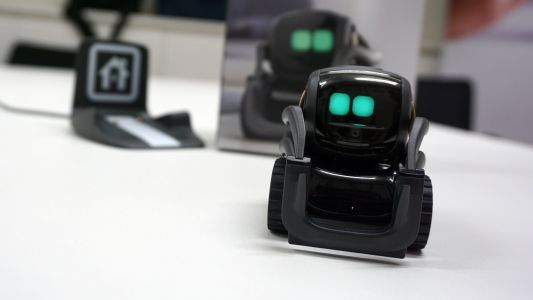 Meet Vector, the home robot from Anki with a big personality