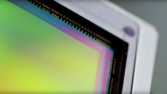 Canon showcases its advanced sensor technology in two new videos