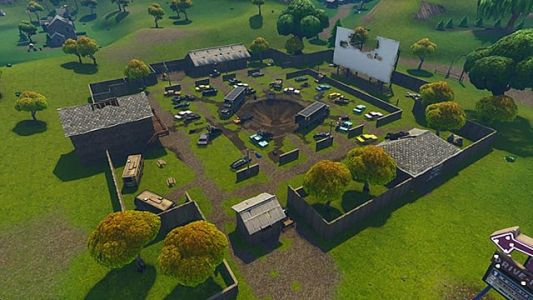 Fortnite Map Guide: Search Chests in Risky Reels