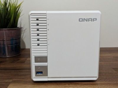 Build your own personal cloud with the $170 Qnap TS-328 NAS system