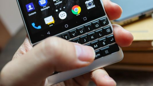BlackBerry KeyOne Android 8 update is finally arriving