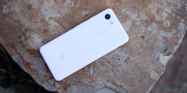 Google Pixel 3 handicaps fast wireless charging on 3rd-party chargers, full speed only on Pixel Stand