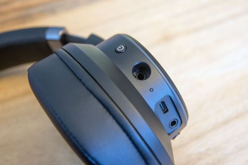 Creative SXFI Theater headphone review: So close to the best all rounders