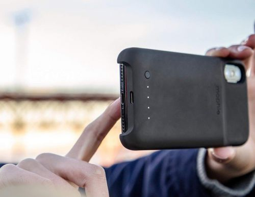 Can you use the Mophie Juice Pack Access with Charge Force accessories?