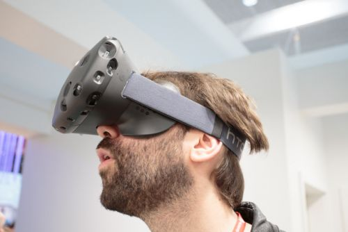 Report: Apple's VR headset will be a pricey, high-end niche standalone
