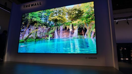 Samsung's new trademarks suggest lots more massive TVs are on the way soon