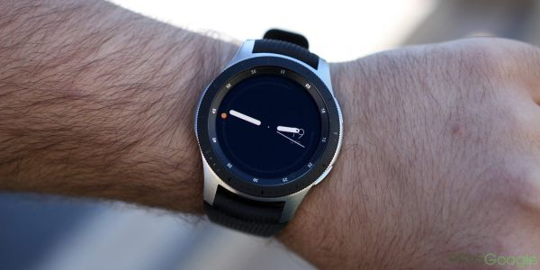 Latest Samsung Galaxy Watch update improves alarms and swim tracking