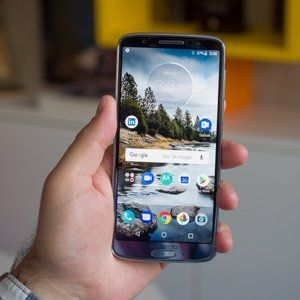 Best Buy has the unlocked Moto G6 on sale at $150 with Verizon activation