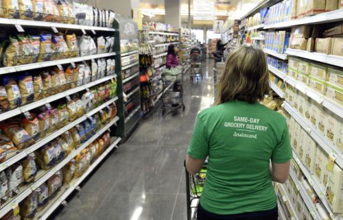 Instacart changes how it pays shoppers, but many say they're now making less