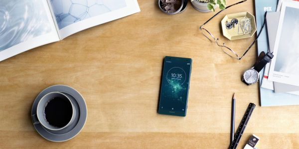 Pre-order a Sony Xperia XZ2 or XZ2 Compact and get a free PlayStation 4 console