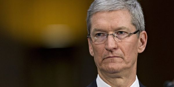 Tim Cook calls for 'well-crafted regulation' in light of Facebook data mining controversy