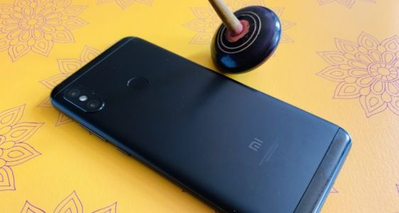 Xiaomi's Redmi 6 Pro offers two-day battery life on the cheap