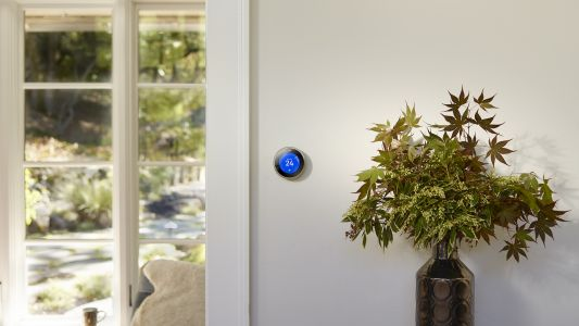 Nest Learning Thermostat to officially launch in UAE for AED 999