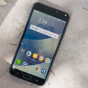 Ten months late, the Asus ZenFone 4 Max finally receives Android Oreo