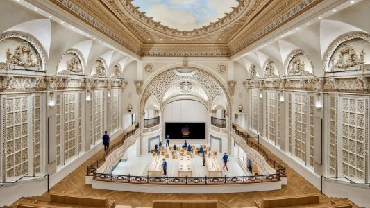 Why can't anyone else build retail outlets like Apple builds Apple Stores?