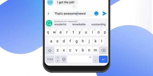 Grammarly keyboard for Android and iOS adds synonyms picker