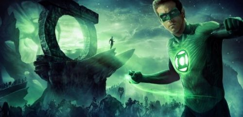 Tom Cruise Reportedly In The Running To Play Green Lantern