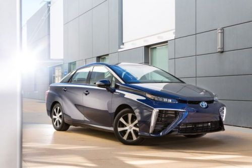 Toyota Halts Fuel Cell Vehicle Sales As Hydrogen Station Explodes