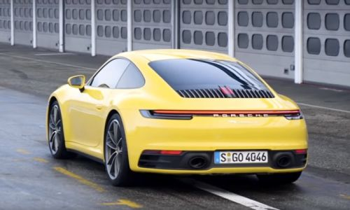 Chris Harris takes the new Porsche 911 for a spin