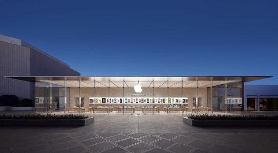 U.S. Apple Stores to Remain Closed Until Early May