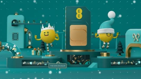 Get deals on the iPhone 8, Galaxy S9 and Google Pixel 3 with EE's festive savings