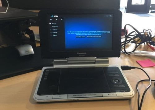 Raspberry Pi Entertainment Centre Created From Zero W And DVD player