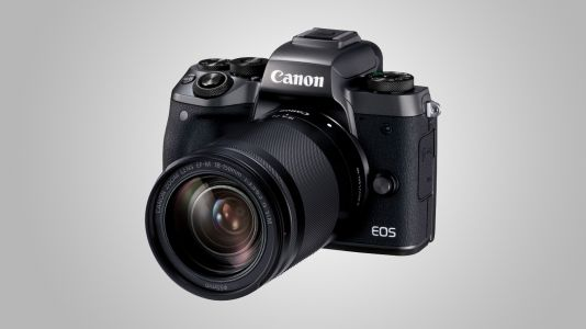 Canon EOS M5 has £350 off today
