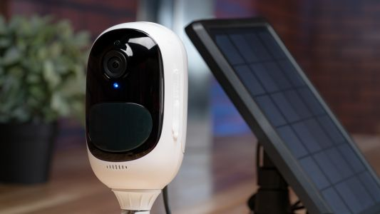 Smart surveillance made simple? Meet the Reolink Argus 2 wireless security camera, with a solar panel