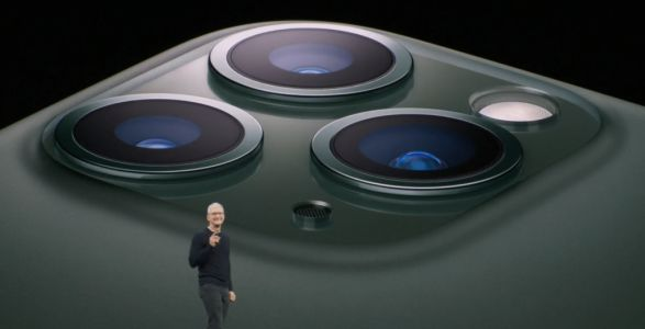 Living With the iPhone 11 Pro Max: Deep Fusion Arrives.Sort Of