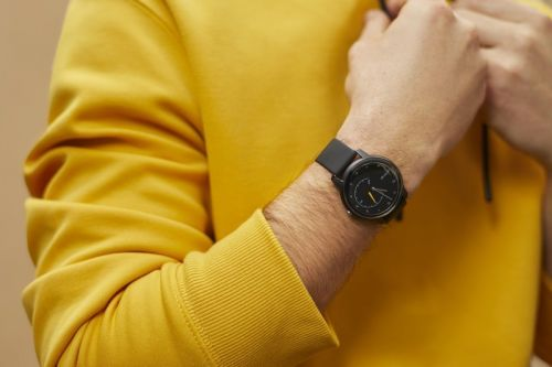 Does the Withings Move fit extra large wrists?