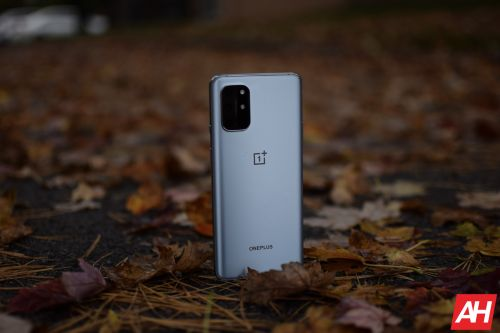OnePlus 8T Attracts $14.9 Million In Sales In A Single Minute